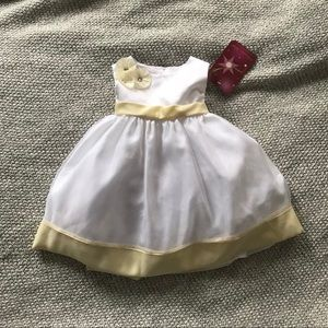 Other - Girls Easter Dress NWT